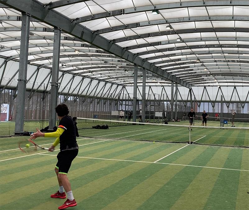 Revers tennis passing