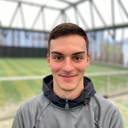 Timéo entraineur Passing tennis club